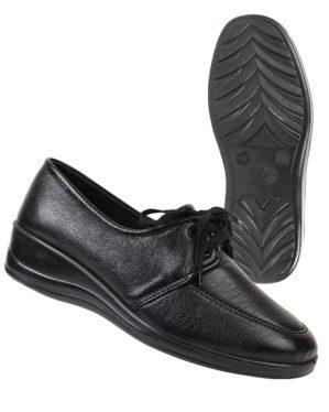Туфли женские на шнуровке черные иск. кожа